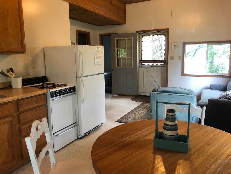 Dining & Kitchen Area