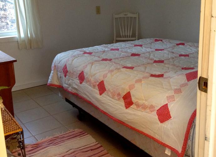 Beeches Queen Bedroom