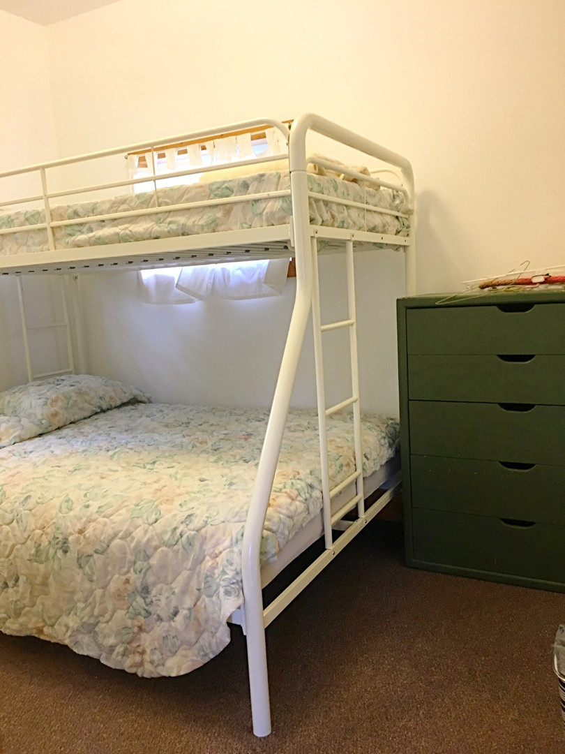 Bedroom with Twin over Full Bunkbeds