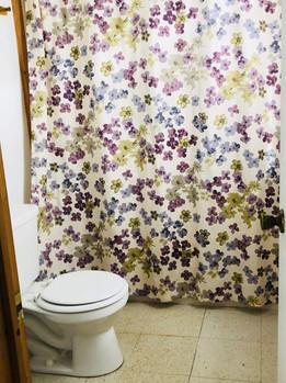 Maples Bathroom