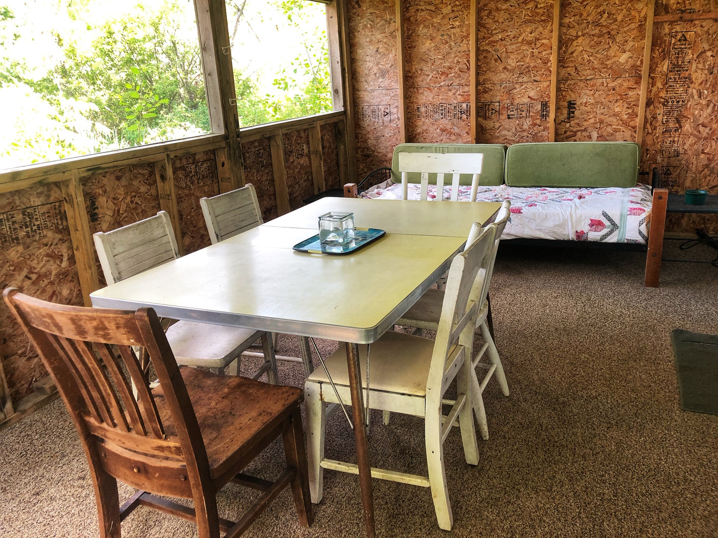 Screened Porch and Twin Bed