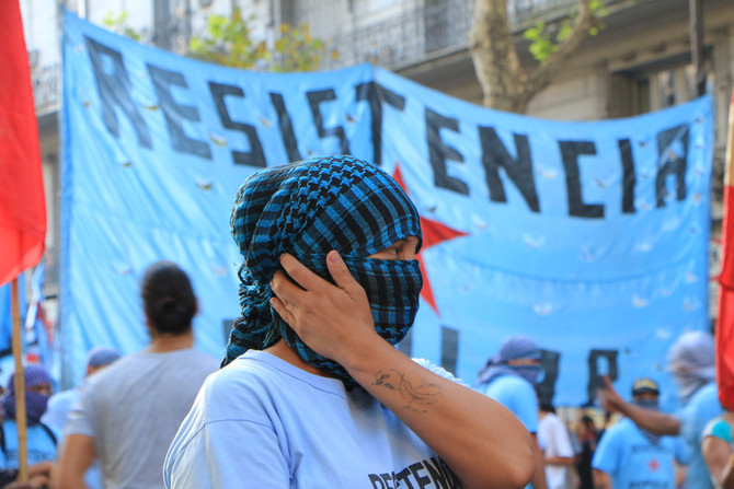Thousands take the streets to say no to violence against women in Buenos Aires #NiUnaMenos