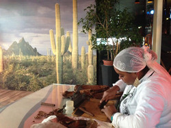 Сигарное шоу с кубинским мулатки (5)