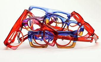 Régi szemüveglencséinek új keretben csiszolása