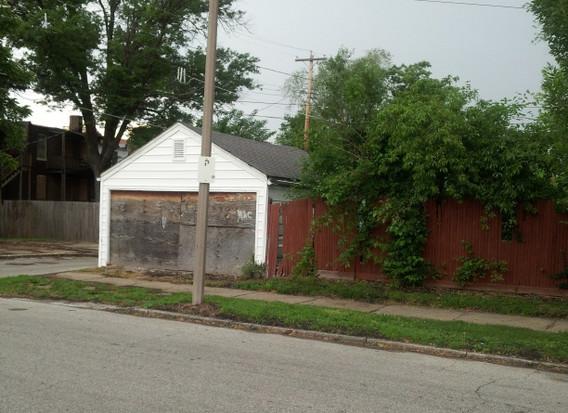 4300 Farlin Ave.  southwestern garage view
