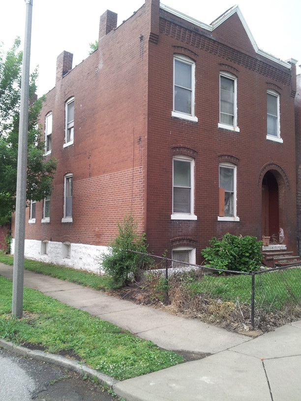 4300 Farlin Ave. - southwest corner view