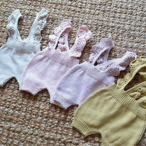 BOHOL / Short con tiradores en crochet