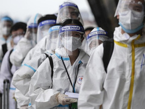 Philippine coronavirus cases hit 500,000 amid vaccine struggles