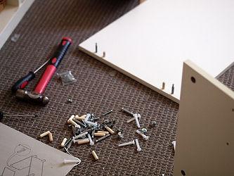 отремонтировать мебель