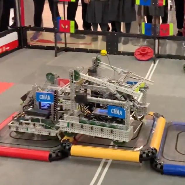 The members of CMAA were volunteer in 亞洲機器人聯盟VEXIQ香港區挑戰賽-廠商會盃
