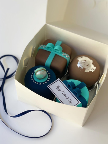 Father's Day Mini Cakes by Roseberry Cake Creations