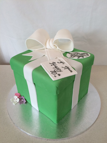 3D Present Box cake with Fondant Ribbon/Bow & fave pup