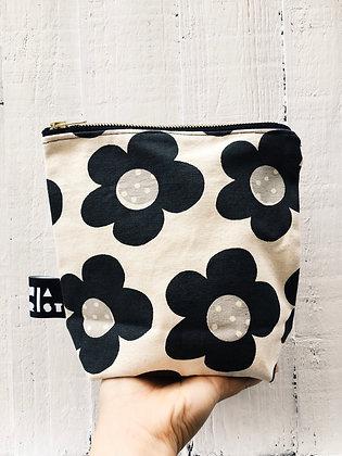 FLORA Make-up Bag
