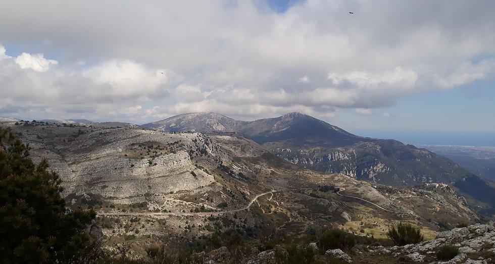 Plateau de Caussols - Site trail.jpg