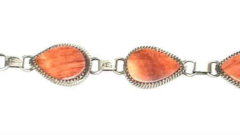 Spiny oyster shell bracelet