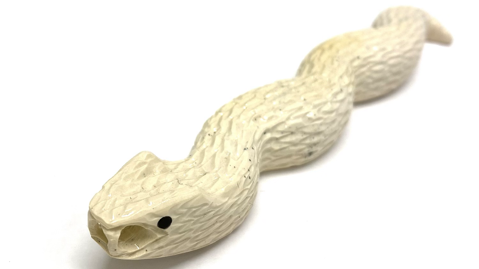 Zuni snake fetish