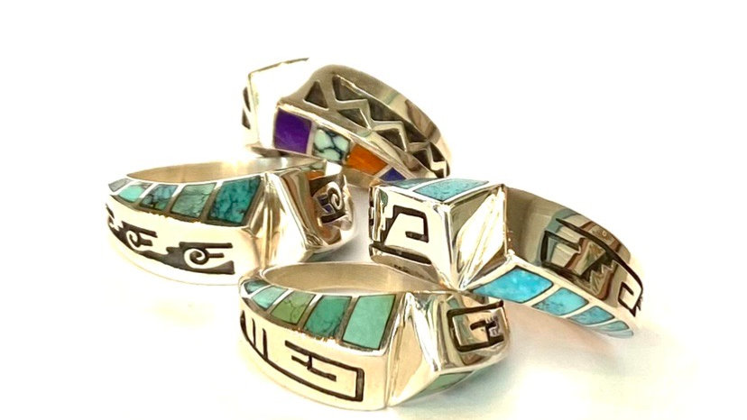 Inlay stone bands