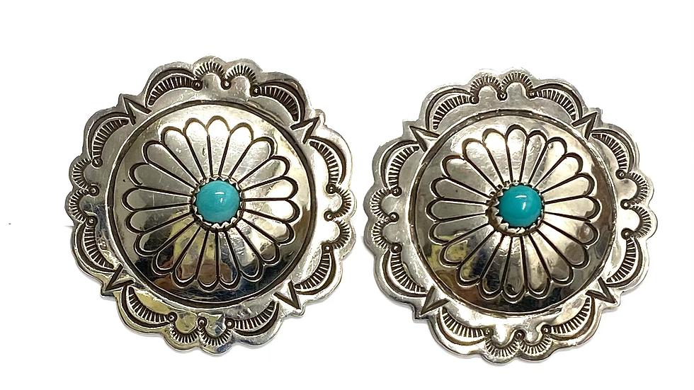Turquoise concha clip earrings