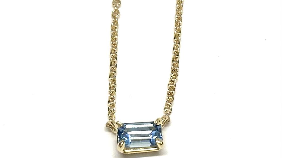 14k solitaire aquamarine necklace