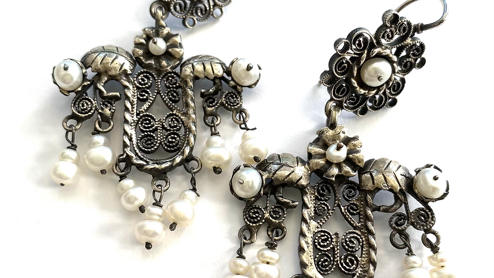 Pearl mexican earrings