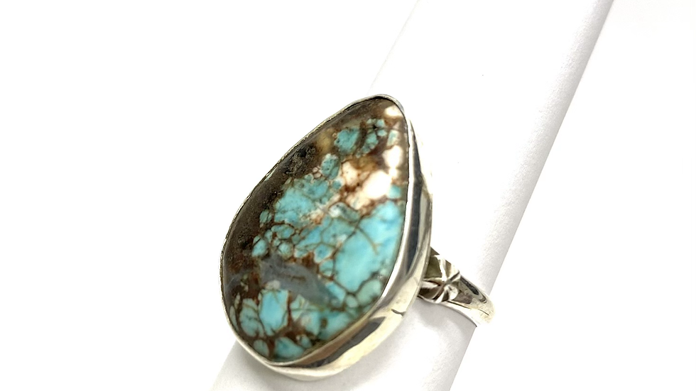 White spotted turquoise ring