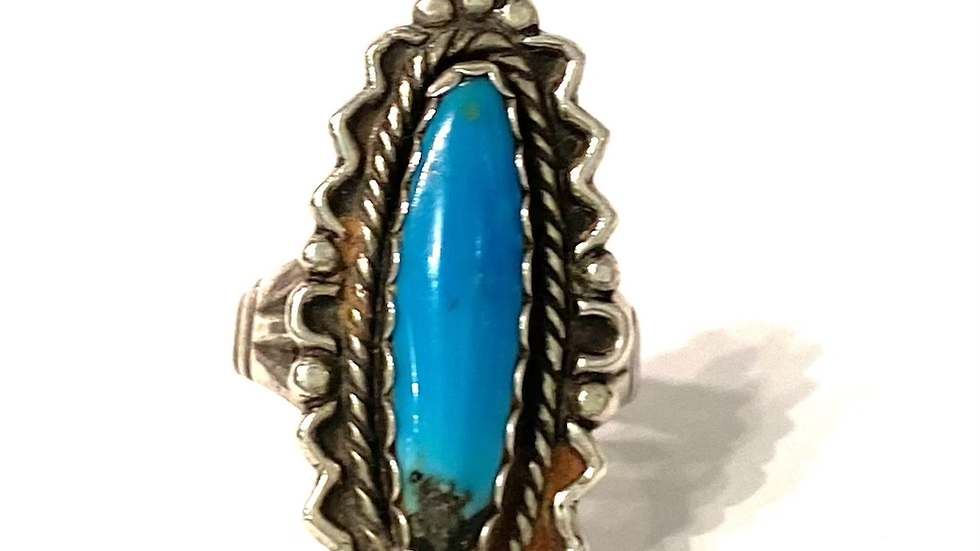 Medium oval turquoise ring