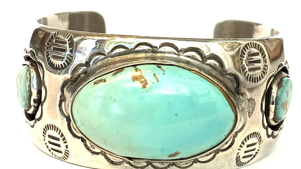 Turqouise oval center bracelet