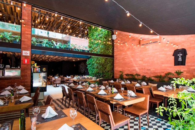 Restaurant Le Manjue Jardins   Architect Flavia Machado