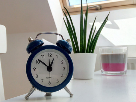 Banking Hours and Why it's Frowned Upon