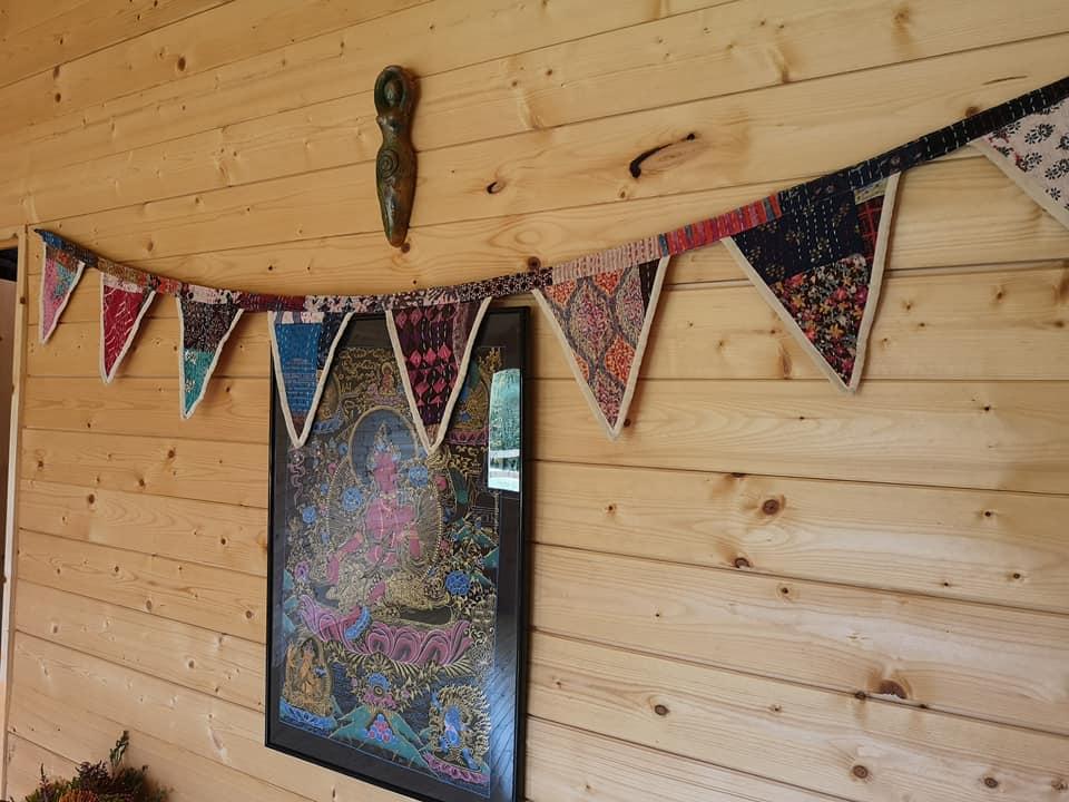 cabin bunting