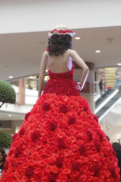 FLOWER LADY _ SPRING DECOR (1)
