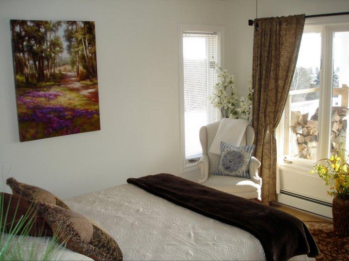 Beautiful Seascape bedroom