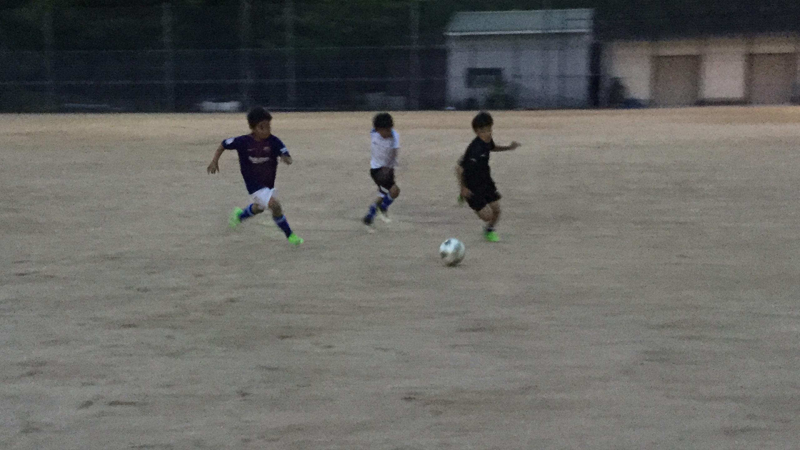20エフォートサッカースクール 180614_101422273_iOS