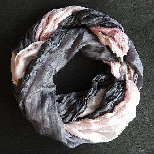 Seidenkette-Lang Rosa-Grau