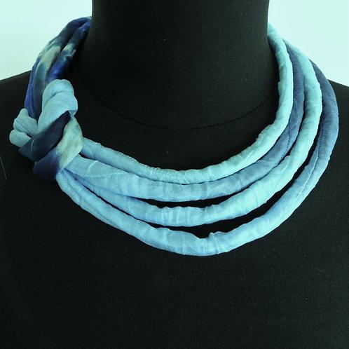 Collana di seta Pauline menta/blu 45cm