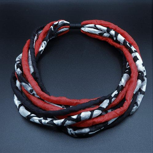 Seidenschnurkette rot/schwarz 58cm