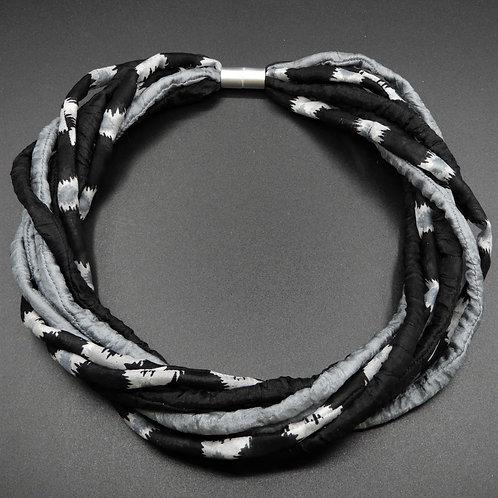 Seidenschnurkette grau/schwarz 57cm