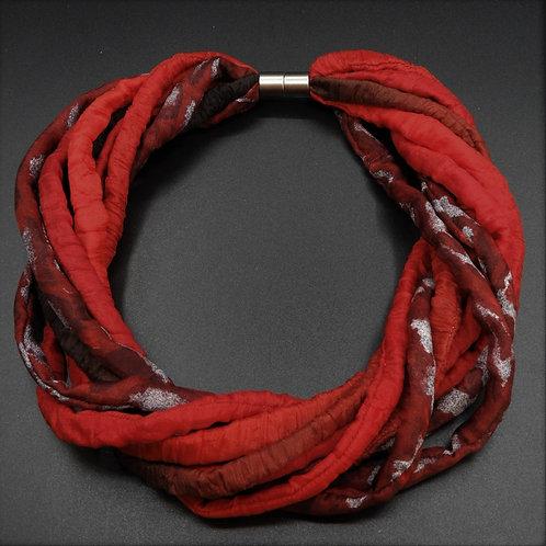 Seidenschnurkette rot/boredeaux 57cm