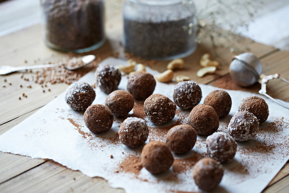 choc-almond-power-protein-ball-recipe-pepper-passport-1-945x632