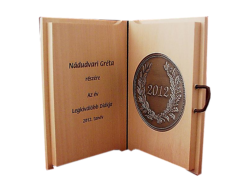 Könyvszerűen nyitható plakett dombornyomott ón- vagy rézlemezzel