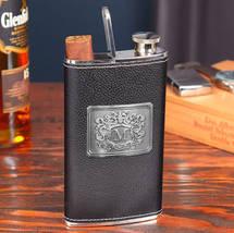 W105699-black-cigar-flask-royal-crest430