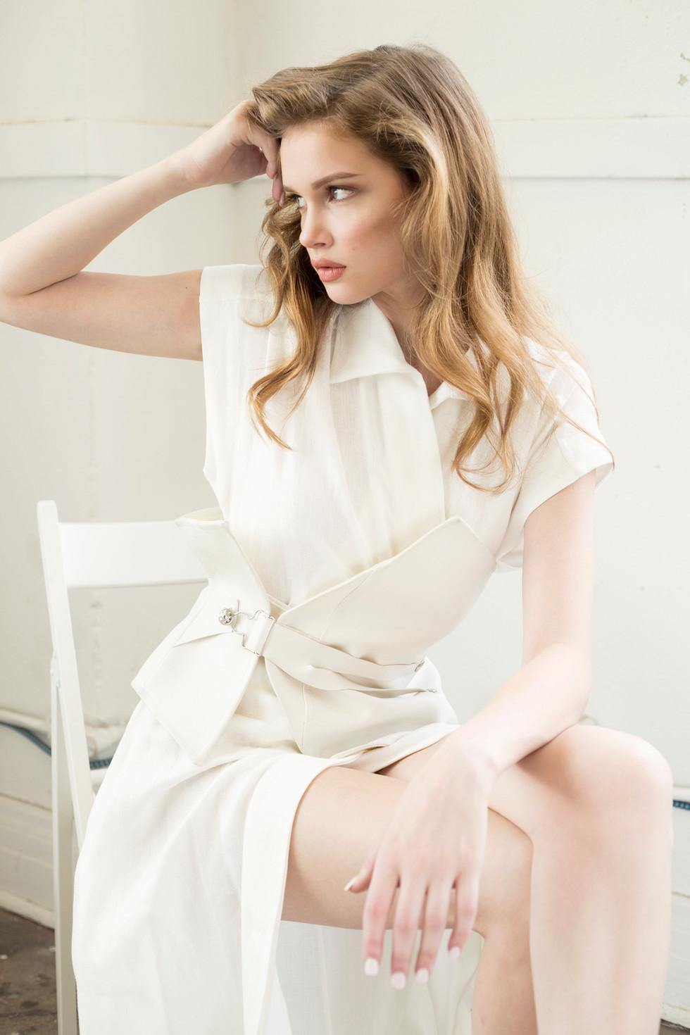 WHITE AFFAIR WITH PHOTOGRAPHERLIA HUOT