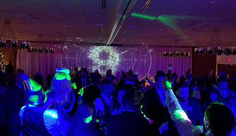 Pittsburgh Wedding DJ New Years Eve Wedding
