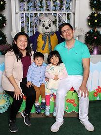 Family_Easter2021.jpg