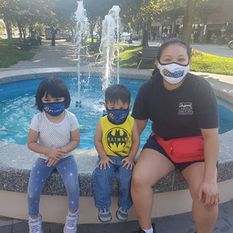 kids with facemask