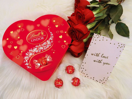 Give the gift of bliss this Valentine's Day with LINDOR