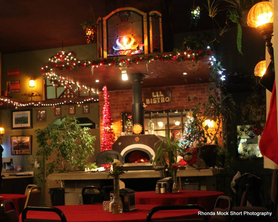 Christmas at the Lil Bistro