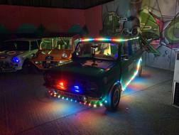 Bil med pixel RGB lysshow