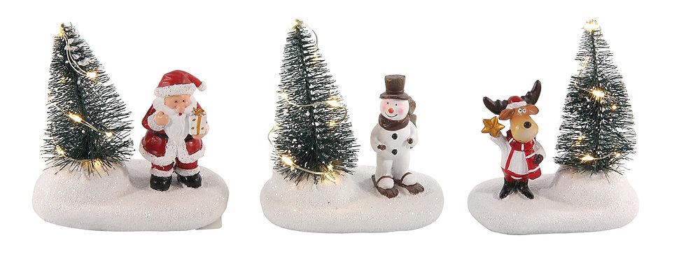 Juletræ med lys og julemand/snemand/rensdyr