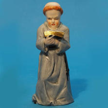 Worcester Monk Knee Bent
